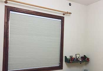 Motorized Venetian Blinds Close To Cornell CA