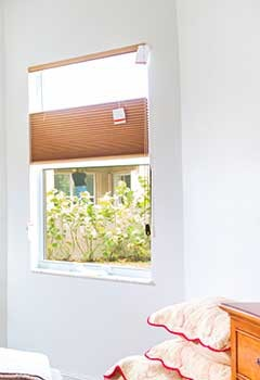 Low-Cost Roller Shades, Malibu